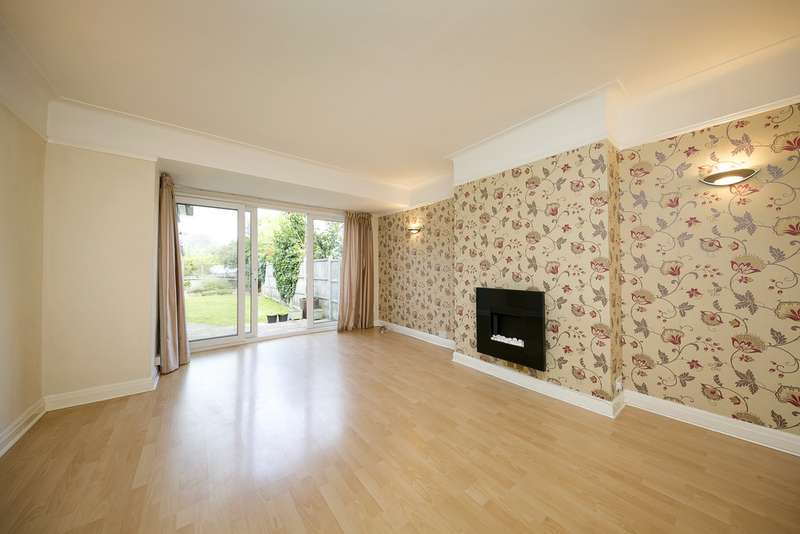 3 Bedrooms Property for sale in Egerton Road, Twickenham, Middlesex TW2