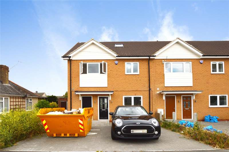 4 Bedrooms End Of Terrace House for sale in Clay Hill Road, Basildon, Essex, SS16