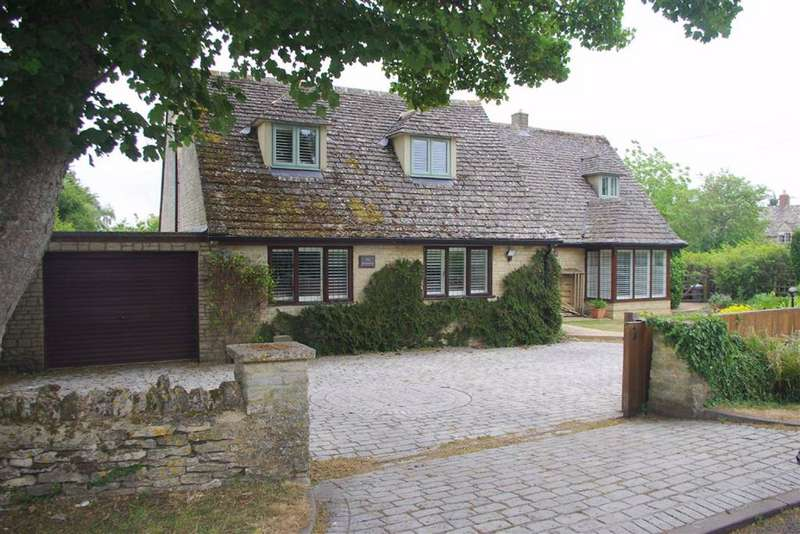 5 Bedrooms Detached House for sale in Field Assarts, Oxfordshire
