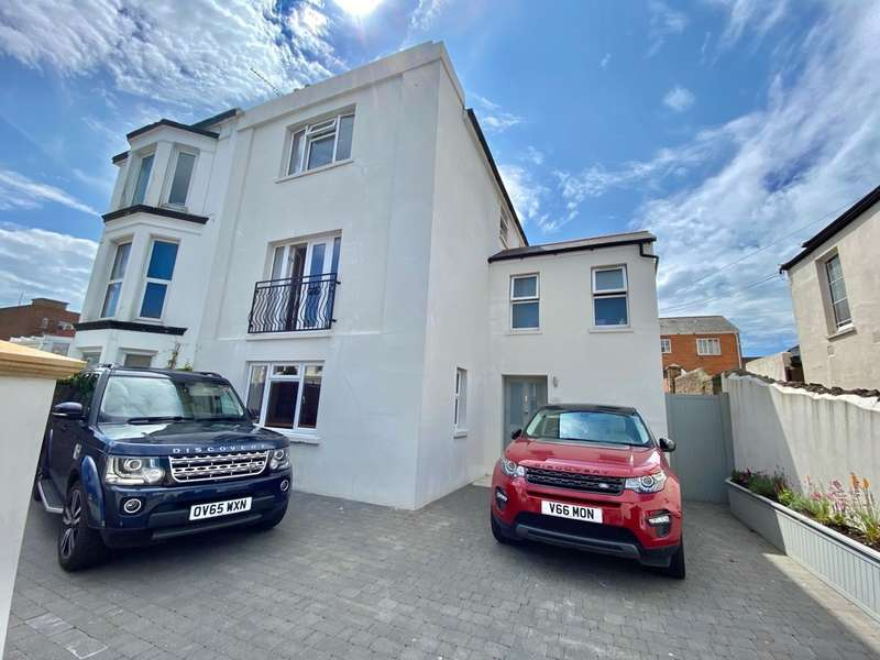 4 Bedrooms Semi Detached House for sale in John Street, Ryde