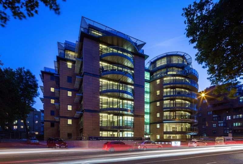 5 Bedrooms Flat for rent in Atrium Apartments, London, NW8