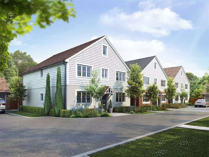 5 Bedrooms Detached House for sale in Rose Court, Lippitts Hill, High Beach, Essex