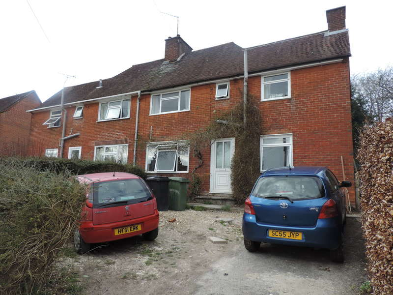 6 Bedrooms Detached House for rent in Cromwell Road, Winchester