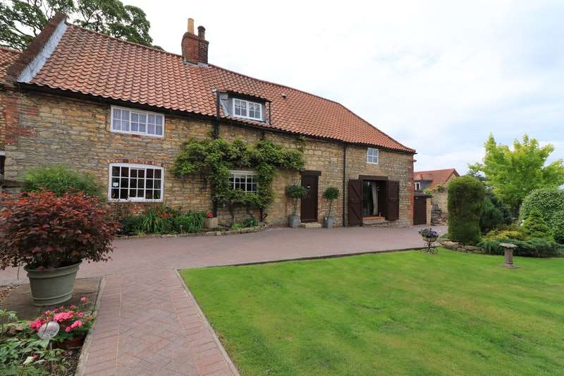 4 Bedrooms Detached House for sale in Queen Street, Kirton In Lindsey, Gainsborough, Lincolnshire, DN21