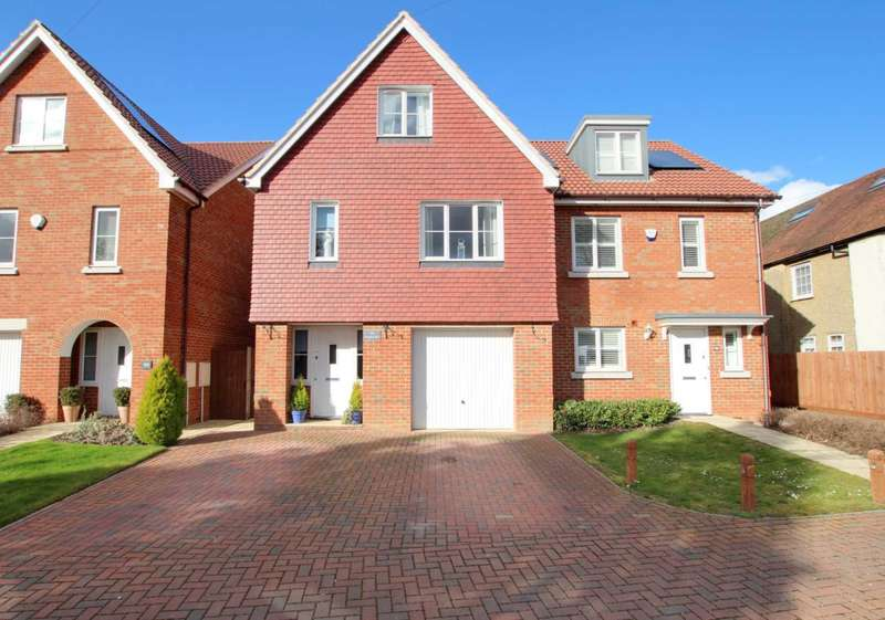 4 Bedrooms Semi Detached House for sale in Adeyfield Road, Hemel Hempstead