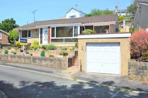 3 Bedrooms Detached Bungalow for sale in Vincent Way, Saltash, Cornwall