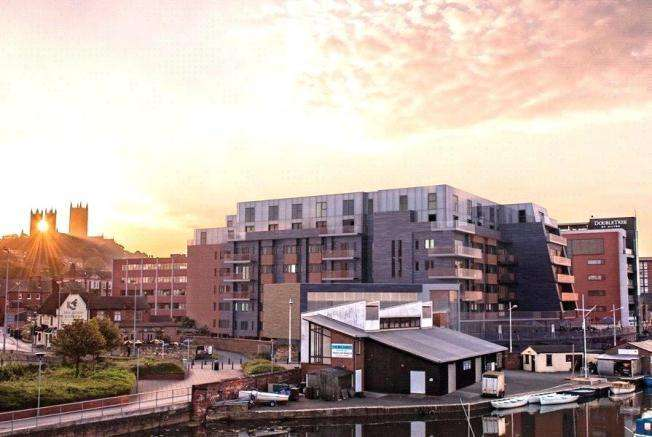 2 Bedrooms Flat for rent in 210 One The Brayford, Lincoln