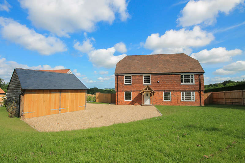 5 Bedrooms Detached House for sale in Shepherds Hill, Colemans Hatch