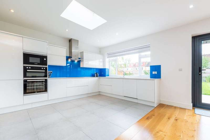 6 Bedrooms Semi Detached House for sale in Cranleigh Road, Merton, SW19