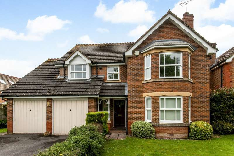 4 Bedrooms Detached House for sale in Birch Close, Colden Common, Winchester, SO21