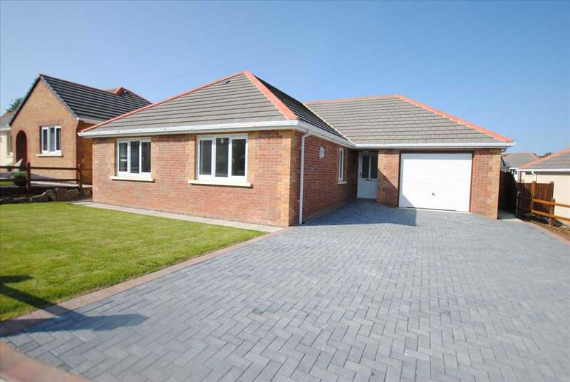 3 Bedrooms Detached Bungalow for sale in 92 Gibbas Way