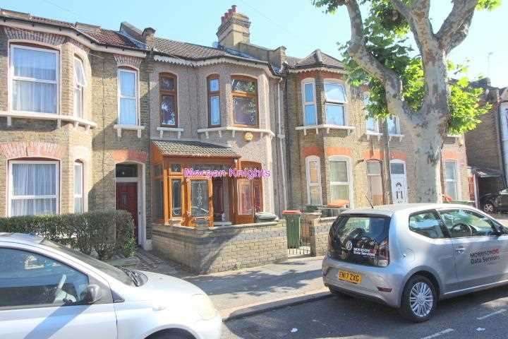 3 Bedrooms Terraced House for rent in Milton Avenue, East Ham, E6