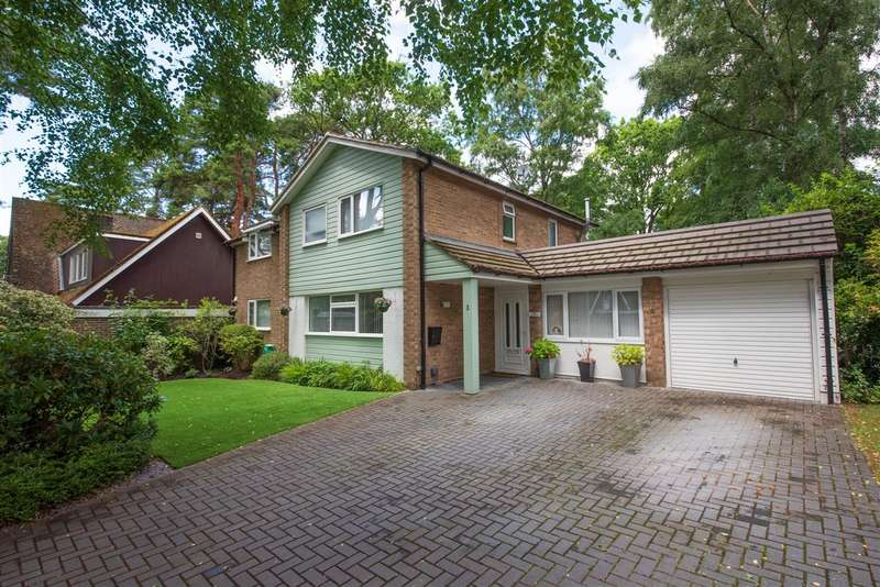 4 Bedrooms Detached House for sale in Badgers Sett, Edgcumbe Park, Crowthorne