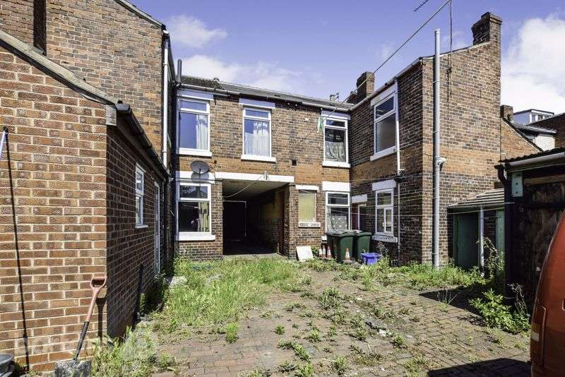 6 Bedrooms Property for sale in Lister Street, CLIFTON