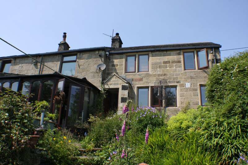 3 Bedrooms Semi Detached House for sale in Lane House Farm Cottage, Eastwood Lane, Todmorden, OL14