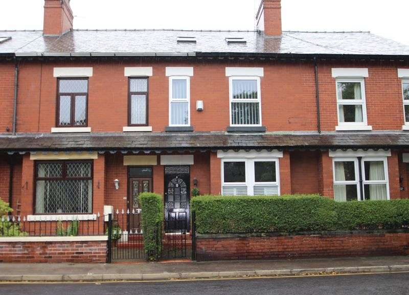 4 Bedrooms Property for sale in Church Lane Romiley, STOCKPORT