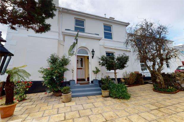 4 Bedrooms Semi Detached House for sale in Chatsworth Road, Torquay, Devon