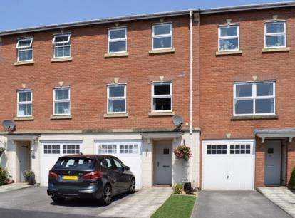 3 Bedrooms Town House for sale in Marion Drive, Mobberley, Knutsford, Cheshire