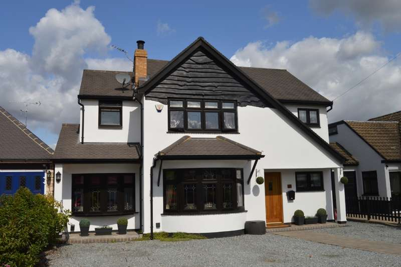 5 Bedrooms Detached House for sale in Great Nelmes Chase, Hornchurch