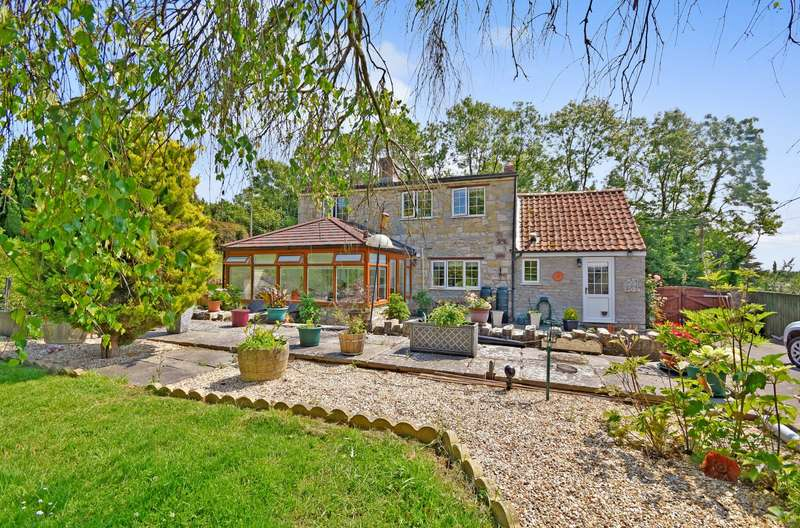 4 Bedrooms Detached House for sale in Picts Hill, Langport, Somerset, TA10