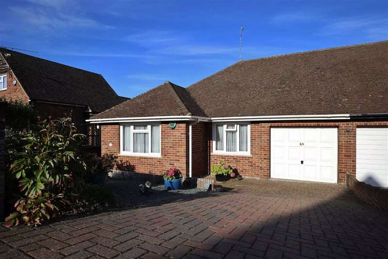 2 Bedrooms Semi Detached Bungalow for sale in Borough Green, Kent