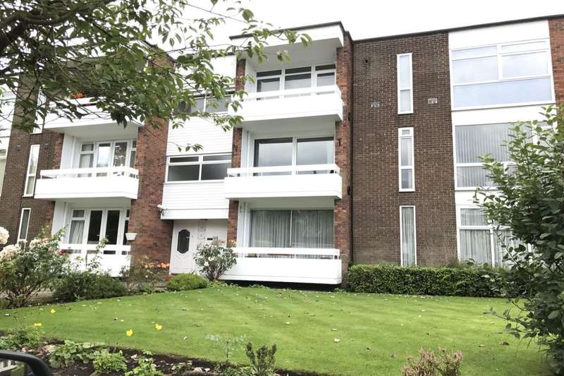 2 Bedrooms Flat for rent in Schools Hill, Cheadle, SK8
