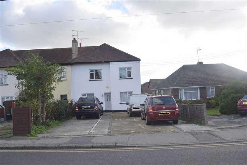 2 Bedrooms Flat for rent in Hart Road, Benfleet, Essex