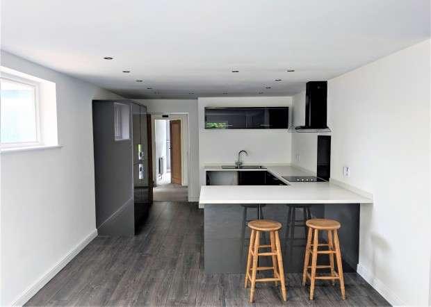 3 Bedrooms Apartment Flat for rent in Liverpool Road, Preston, PR4