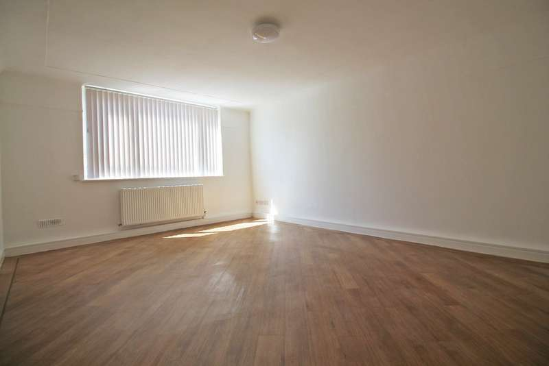 2 Bedrooms Apartment Flat for rent in Hale Court, Halebank Road, Widnes WA8