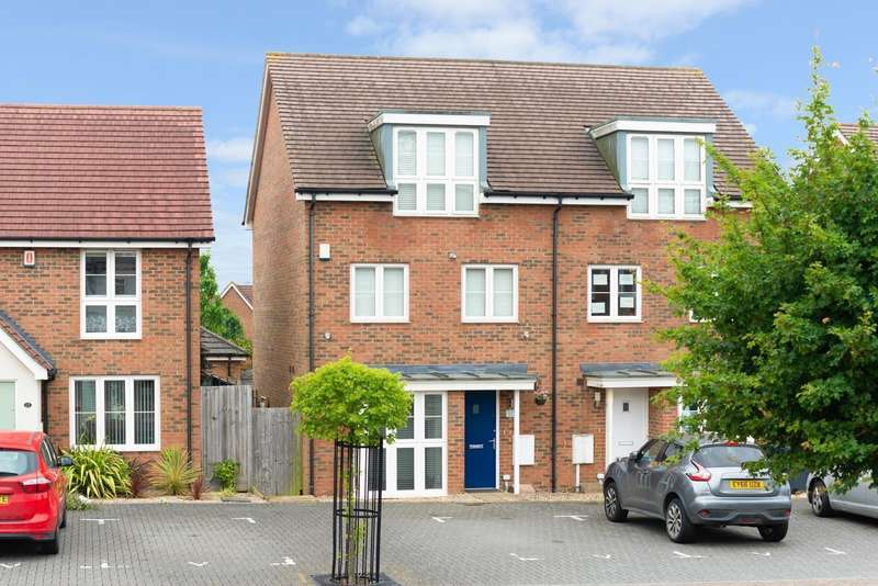 4 Bedrooms Semi Detached House for sale in Farmers Way, Kingsnorth, Ashford, TN23