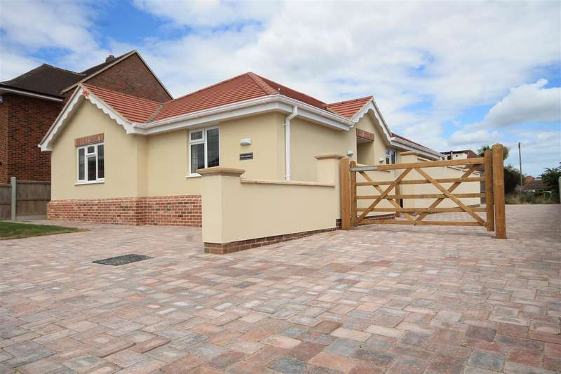 3 Bedrooms Bungalow for sale in Seafront Side of Holland on Sea, Holland on Sea