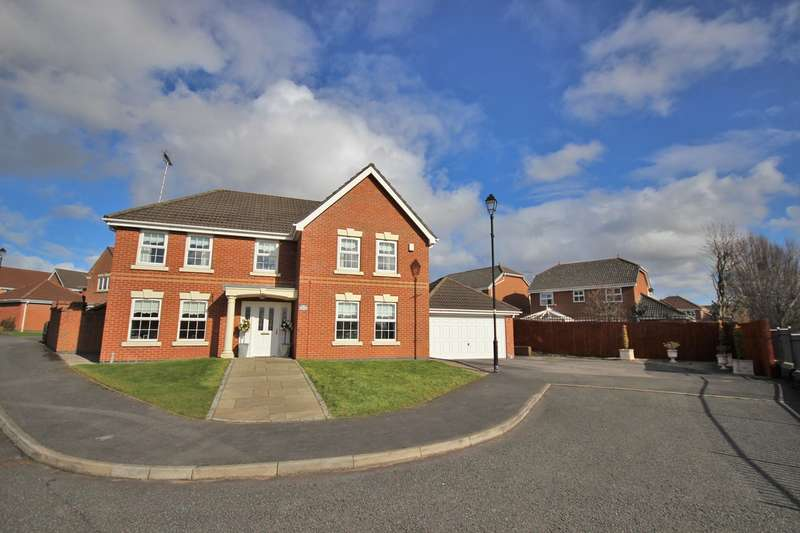 5 Bedrooms Detached House for sale in Prestwick Close, Widnes, WA8