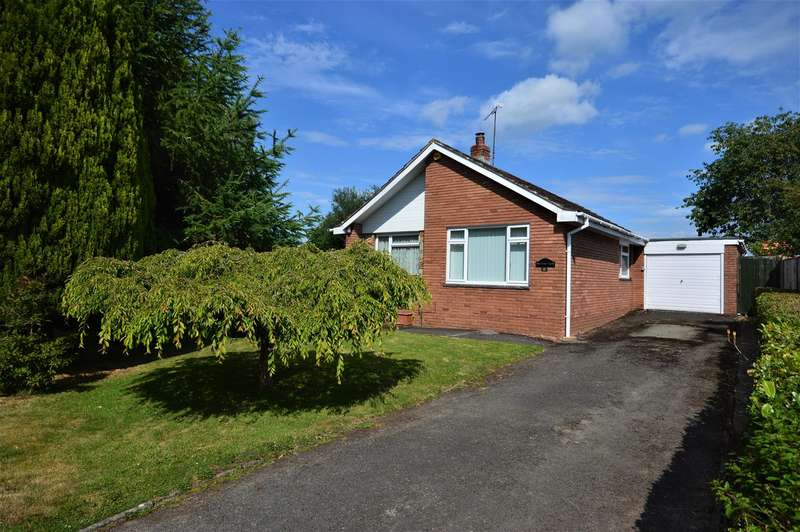 2 Bedrooms Detached Bungalow for sale in Parsons Walk, Pembridge, Leominster