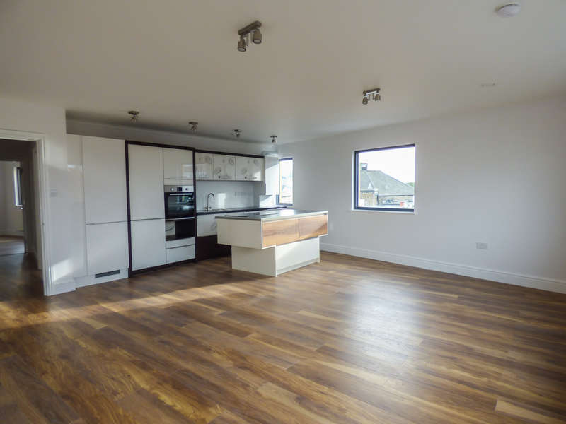 2 Bedrooms Flat for sale in Flat 7, 45 New Road, Gravesend