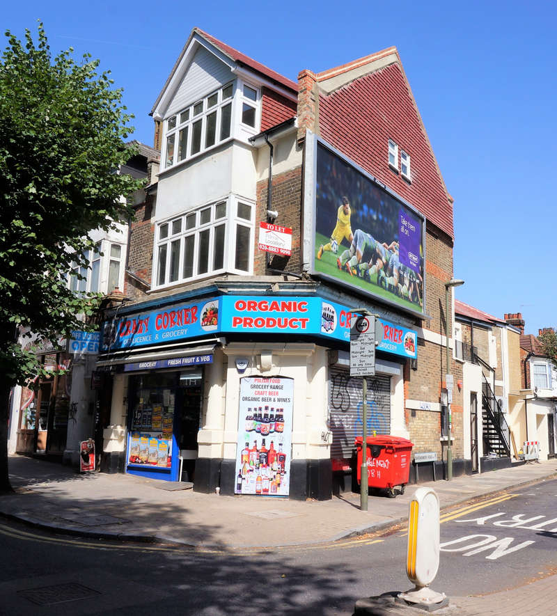 Retail Property (high Street) Commercial for rent in High Road, N2