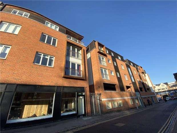 2 Bedrooms Apartment Flat for rent in Flat 3, Castle Quay, Castle Lane