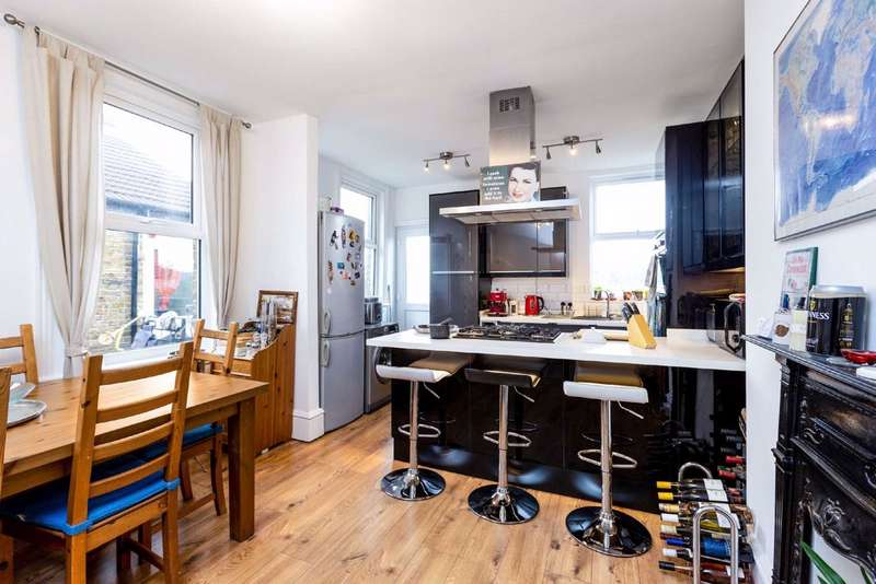 3 Bedrooms Maisonette Flat for sale in Kettering Street, Furzedown, London