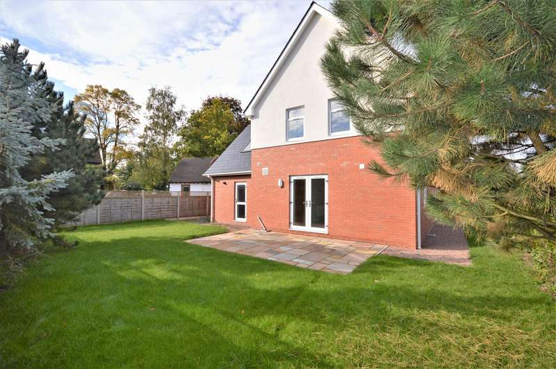 4 Bedrooms Detached House for sale in Huntington Lane, Hereford