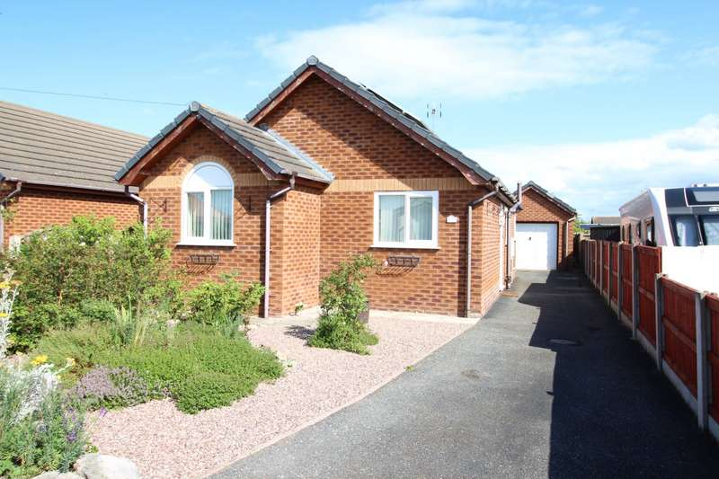 3 Bedrooms Detached Bungalow for sale in Towyn Way West, Towyn, Abergele, Conwy, LL22