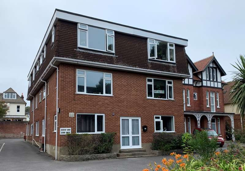 2 Bedrooms Apartment Flat for sale in Florence Road, Bournemouth, Dorset, BH5 1HF