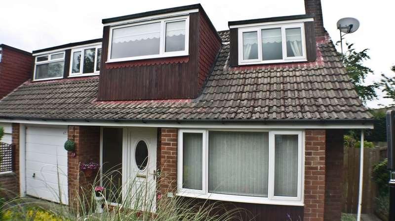 3 Bedrooms Semi Detached House for sale in Baliol Road, Stocksfield, NE43