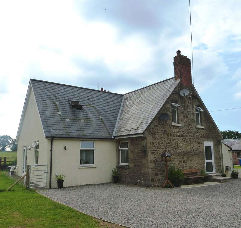 3 Bedrooms Detached House for sale in Rose Villa, Bethesda, Narberth, Pembrokeshire