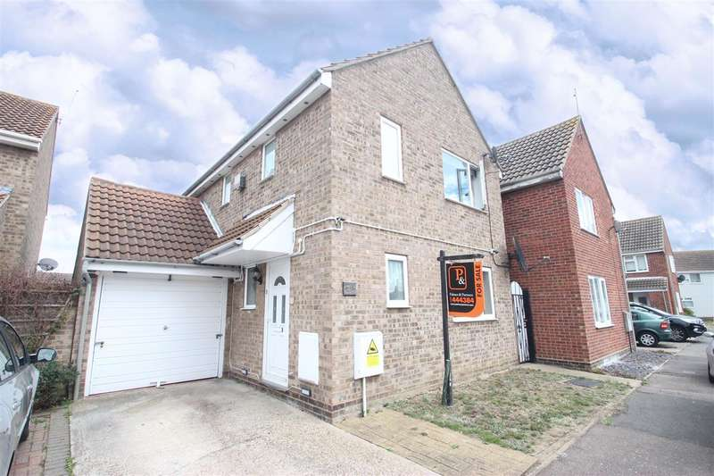 4 Bedrooms Detached House for sale in Marigold Avenue, Clacton-on-Sea