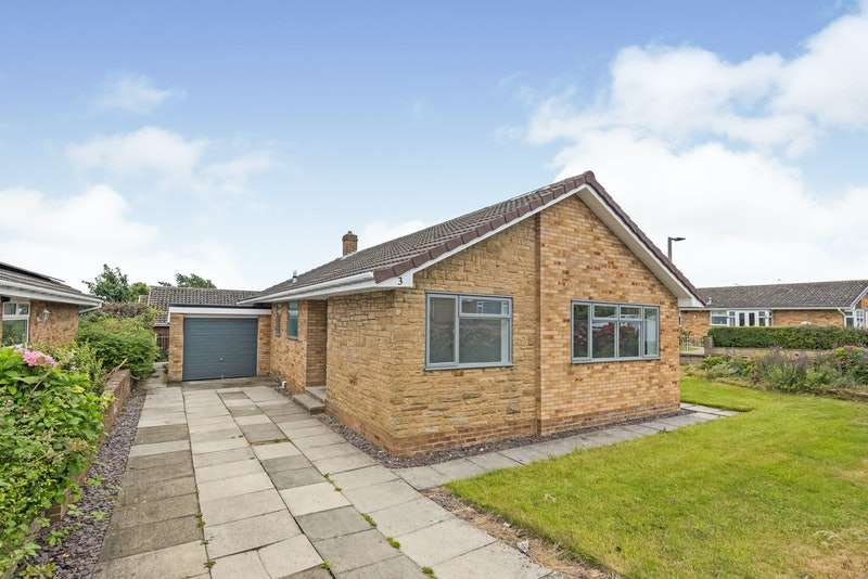 3 Bedrooms Bungalow for sale in St. Owens Drive, Barnsley, South Yorkshire, S75