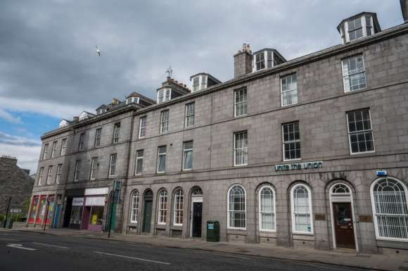 4 Bedrooms Flat for rent in King Street, Aberdeen, AB24
