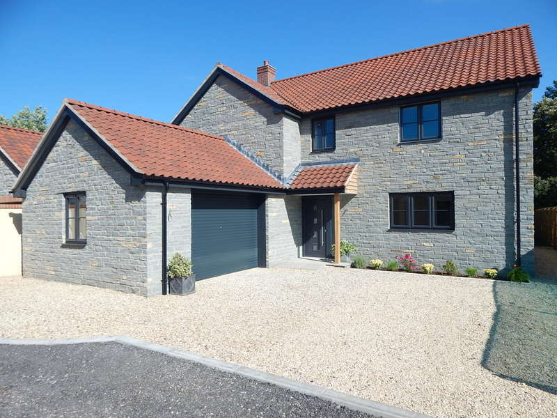 4 Bedrooms Detached House for sale in Lovington, Castle Cary