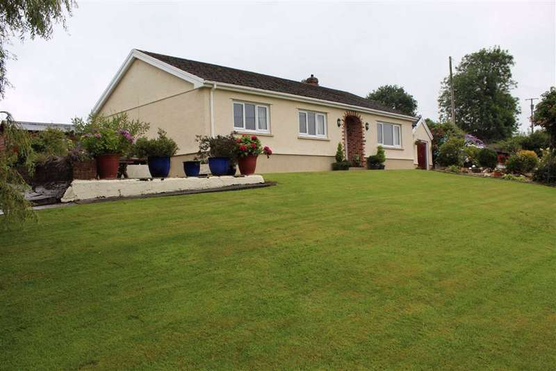 3 Bedrooms Detached Bungalow for sale in Llangynin, St Clears