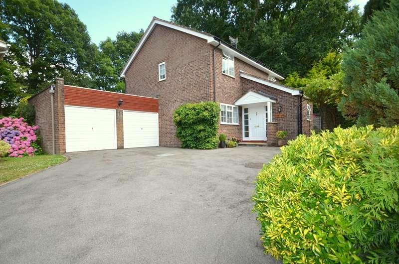 4 Bedrooms Detached House for sale in Broad Walk, Cranleigh, GU6