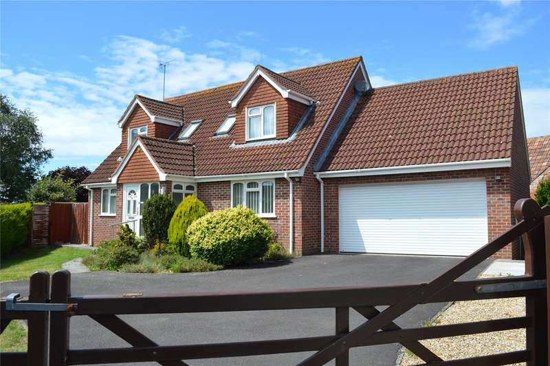 4 Bedrooms Detached House for sale in Greenwood Close, West Huntspill, Highbridge, Somerset, TA9