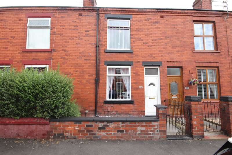 2 Bedrooms Terraced House for sale in Hope Street, Leigh, WN7 1NR